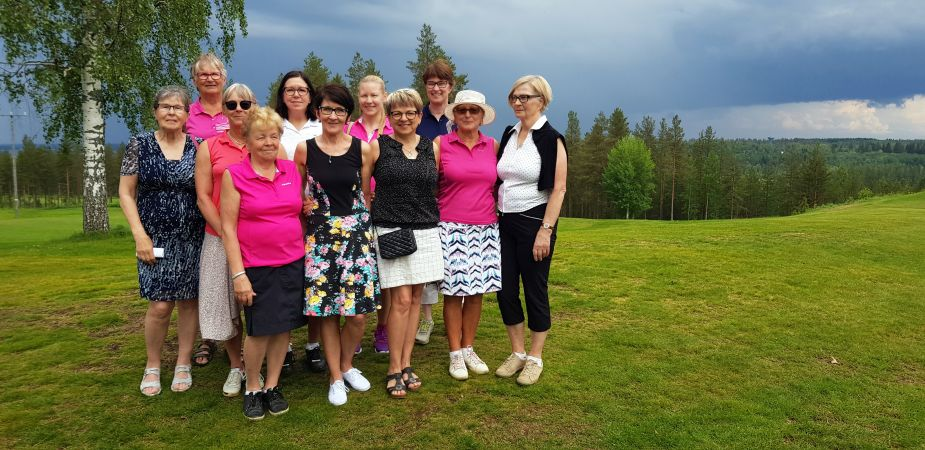 Ladies Lunch & Golfin osanottajat